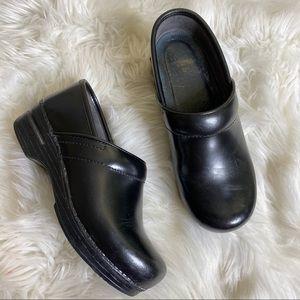 Dansko Black Leather Professional Staple Clogs